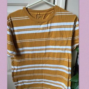 URBAN OUTFITTERS YELLOW STRIPED T SHIRT